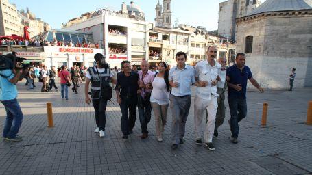Taksim Dayanışması üyeleri serbest bırakıldı!