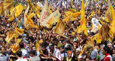 On binler İstanbul adaylarını kucaklıyor