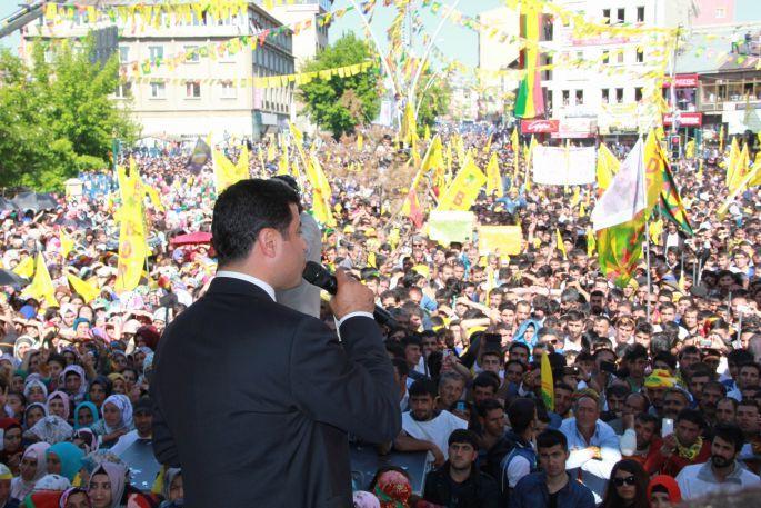 Demirtaş: AKP\'yi Ağrı\'da ikinci kez yenilgiye uğratacağız