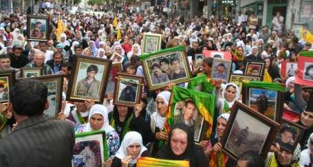 Adana ve Antalya'dan barış sesi