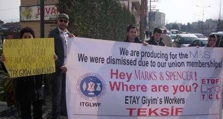 Etay Giyim işçileri işlerini geri istiyor