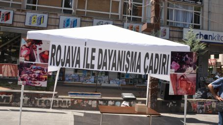 HDK Rojava için dayanışma çadırı açtı