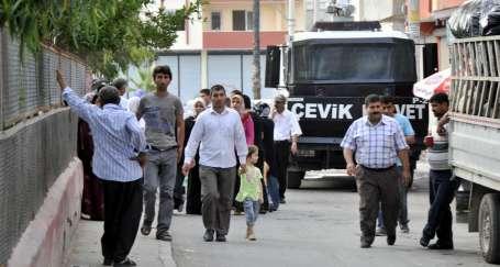Mersin'de Kürtlerin oy kullandığı okullarda polis ablukası