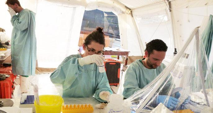 Ebola ile mücadele için önce sağlık bütçesi artırılmalı