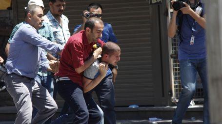 Direniş bilançosu: 8 bin 163 kişi yaralandı