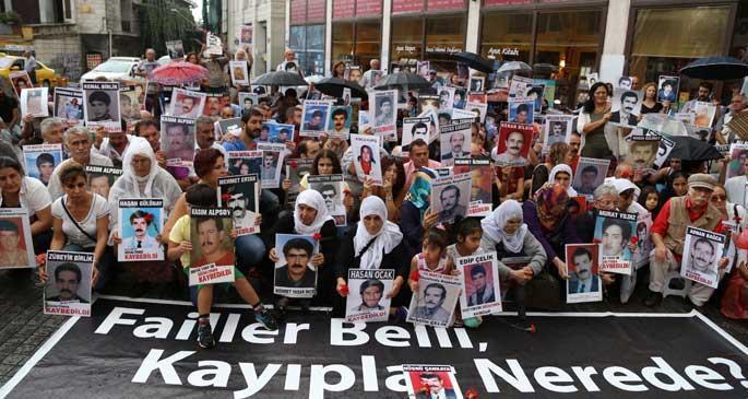 Erdoğan belediye başkanıyken de buradaydık...