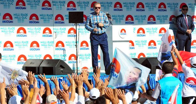 Erdoğan yine tek'lerini sıraladı