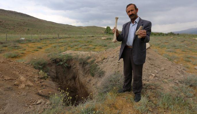 Ermeni kilisesi ve mezarlığı definecilerin hedefinde