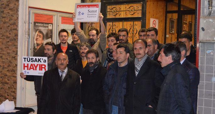 Erzurum'da TÜSAK'a karşı eylem