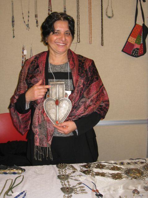 Aktivist Afgan bir anneden tavsiye: Bu kara günlere direnin