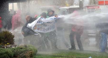 KESK, birleşik mücadele ve biber gazı