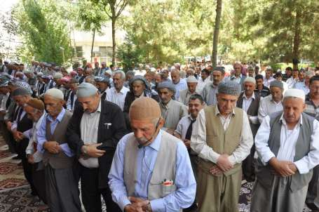 Ramazanın ilk 'Sivil Cuma'sında barış çağrısı