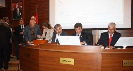 'Kadın-Erkek Fırsat Eşitliği Komisyonu'nun bütün üyeleri erkek