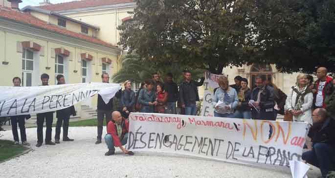 Fransız öğretim elemanları grevde