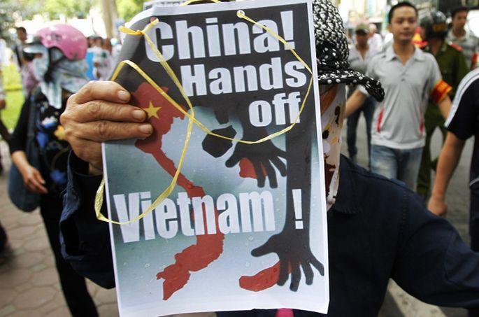 Güney Çin Denizi'nde Vietnam-Çin gerginliği