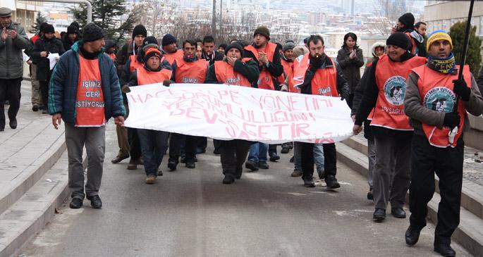 Hacettepe işçileri maaş kesintilerini protesto etti