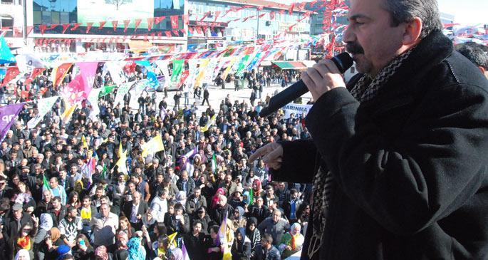 HDP, İstanbul mitinglerine başladı