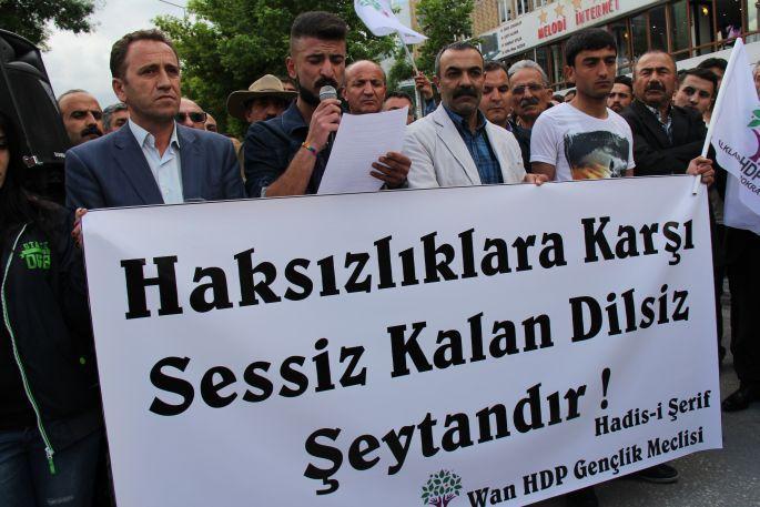 HDP Van Gençlik Meclisi\'nden Lice ve Soma protestosu
