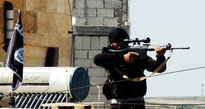 IŞİD, Musul'da kiliseleri havaya uçuruyor