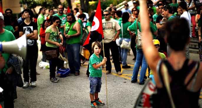 İspanya: Kemer sıkmanın faturası çocuklara çıkıyor