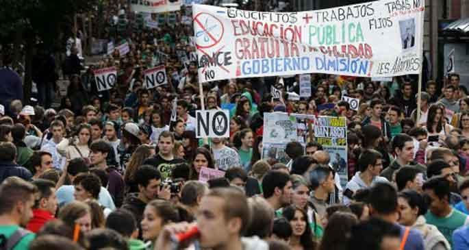 İspanya'da tarihi eğitim grevi