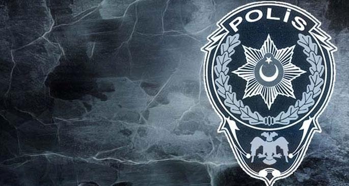 İstanbul Emniyet Müdürlüğü\'nde 17 rütbeli polis açığa alındı