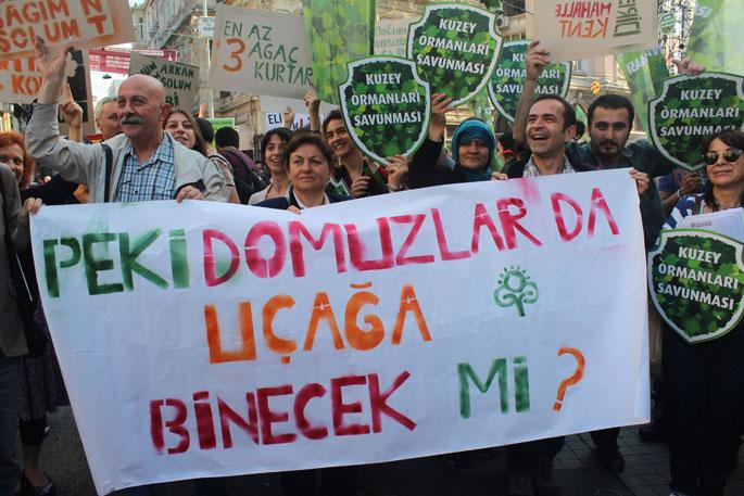 İstanbullular 3. havalimanına karşı ağaç oldu