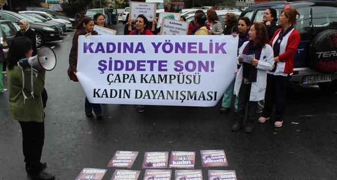 'Kadınları, iktidarın kutsal ailesi öldürüyor'