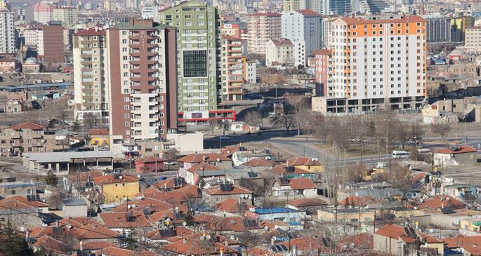 Kayseri'de siyaset kazanı kaynıyor