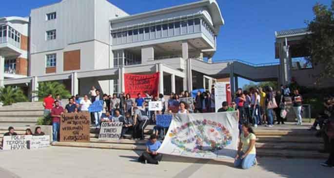 Kıbrıslı ODTÜ'lülerden Ankara'ya mesaj