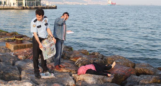 Konak sahilinde kadın cesedi