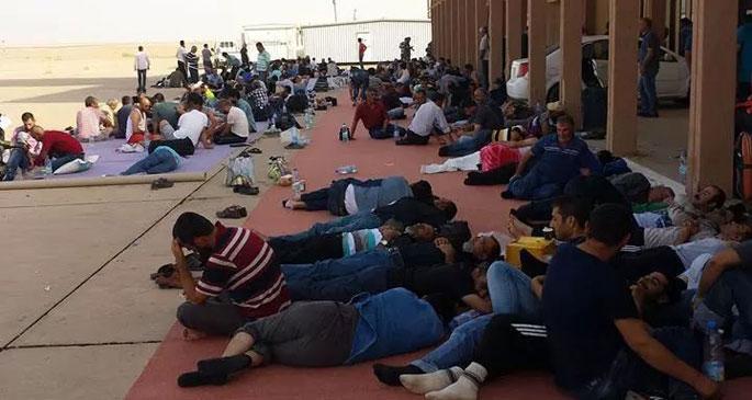 Libya\'da mahsur kalan işçilerden biri öldü iddiası