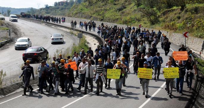 Maden işçileri Zonguldak'a yürüdü