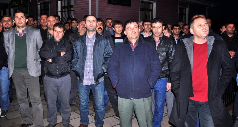 Maden işçilerinden yardım sandığını tasfiye girişimine protesto