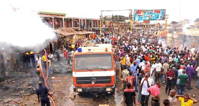 Nijerya\'da bombalı saldırılar: 118 kişi öldü