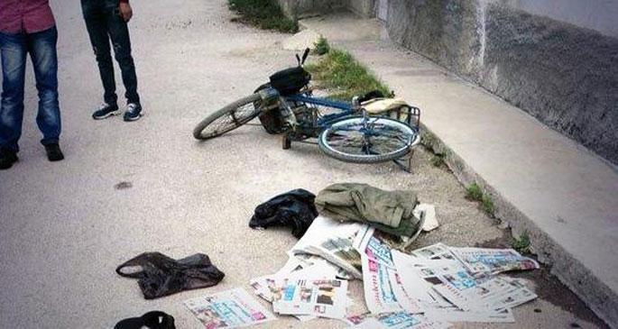 Özgür basının bisikletli dağıtımcısı