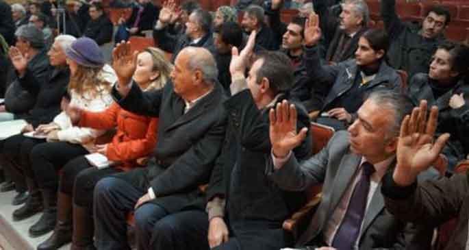 Rojava'da genel af ilan edildi