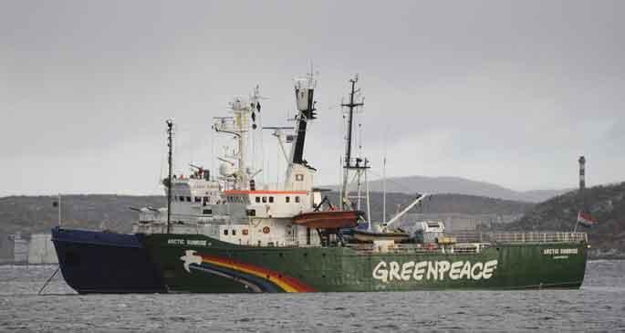 Rusya'dan Greenpeace davasına ret