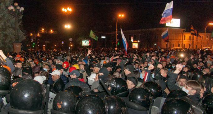 Rusya'nın Ukrayna krizindeki stratejisinin halkla ilişkiler ayağı-1