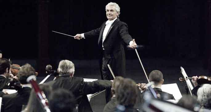 Sanat kurumlarının kapatılmasına Mozart\'lı tepki