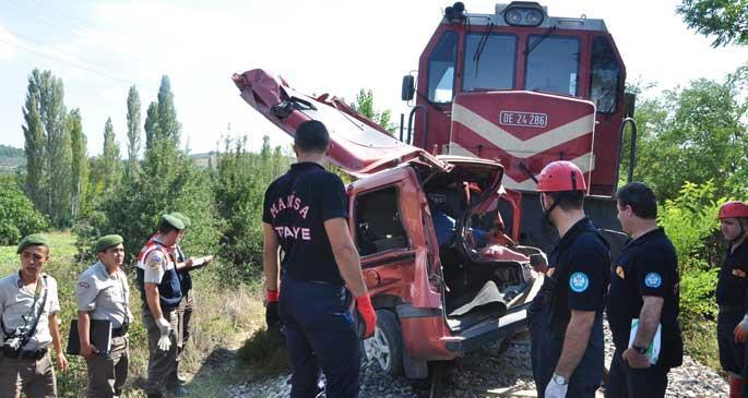 Soma\'da tren kazası: 3 kişi hayatını kaybetti