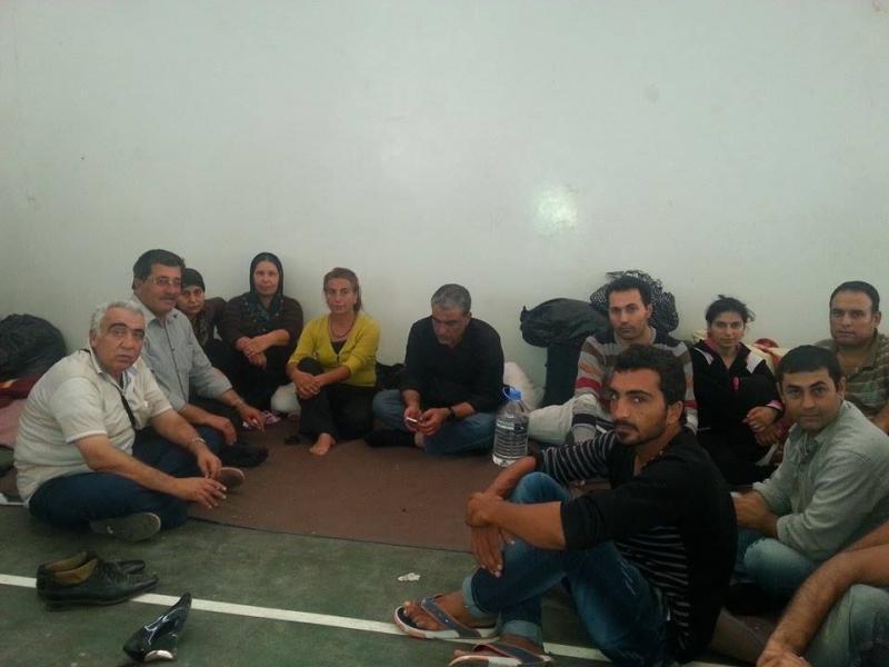 Suruç'ta gözaltında tutulan 261 Kobanêli isyan etti