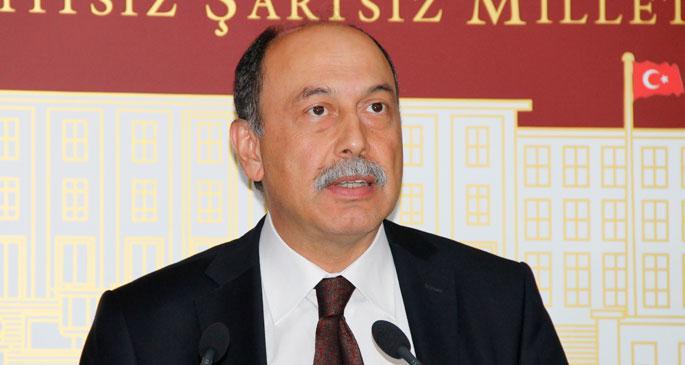 TRT'nin ayrımcılığı Arınç'a soruldu