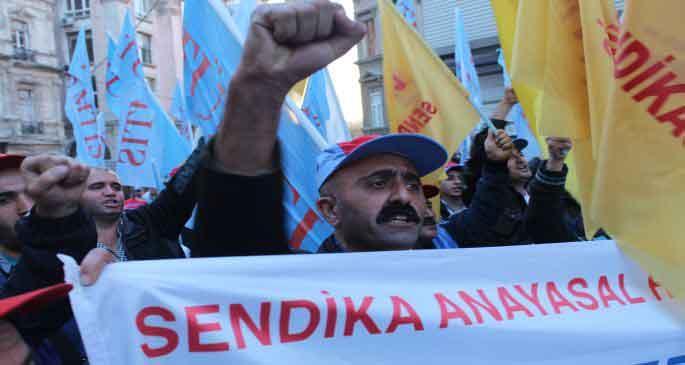 Türk-İş: Kıdem tazminatını gasp ettirmeyeceğiz