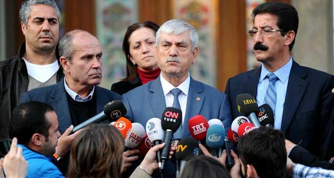 Vali Yenikapı, sendikalar Taksim dedi