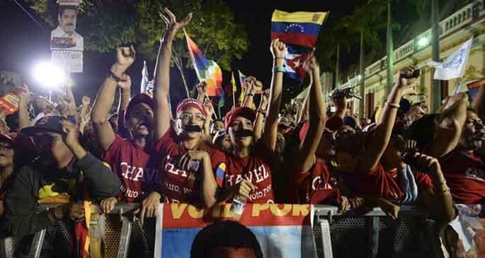 Venezuela 'Sosyalizme geçişte ikinci aşama'yı kabul etti