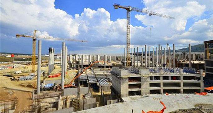 Yeni Fuar'da inşaat durduruldu
