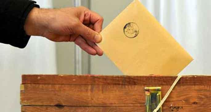 Yerel seçimlere 25 parti katılacak