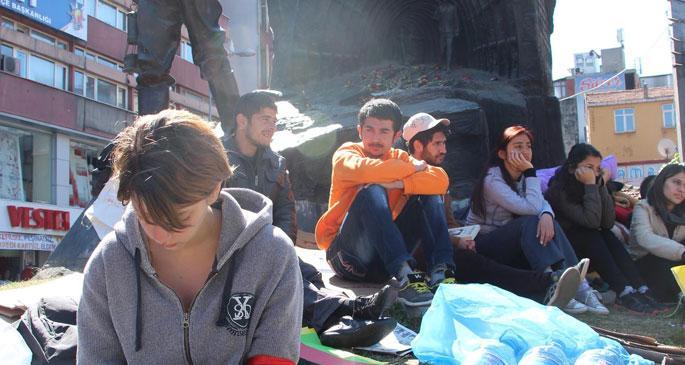 Zonguldak'ta 8 öğrenci açlık grevinde