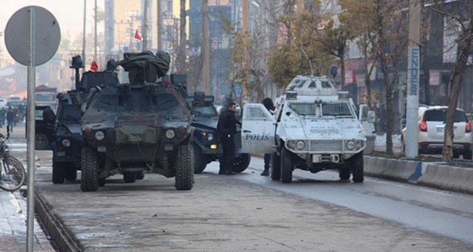 Yüksekova'da silahlı saldırı: 3 asker yaşamını yitirdi